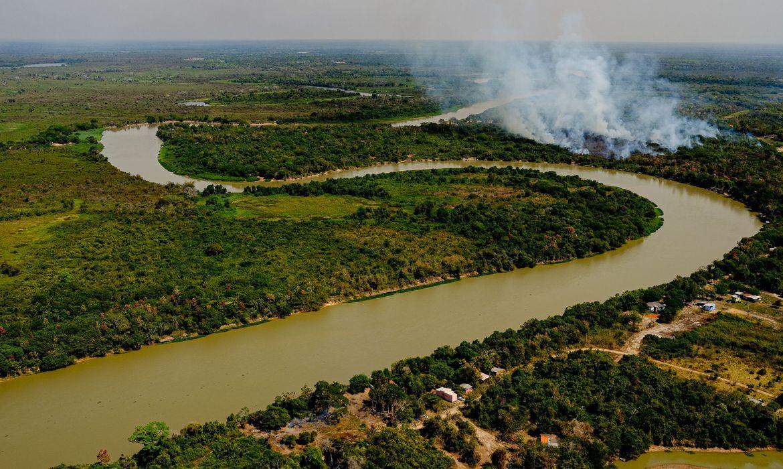 IMAGEM: Fogo no Pantanal do MT começou em fazendas de fornecedores de JBS, Marfrig e Minerva, diz ONG