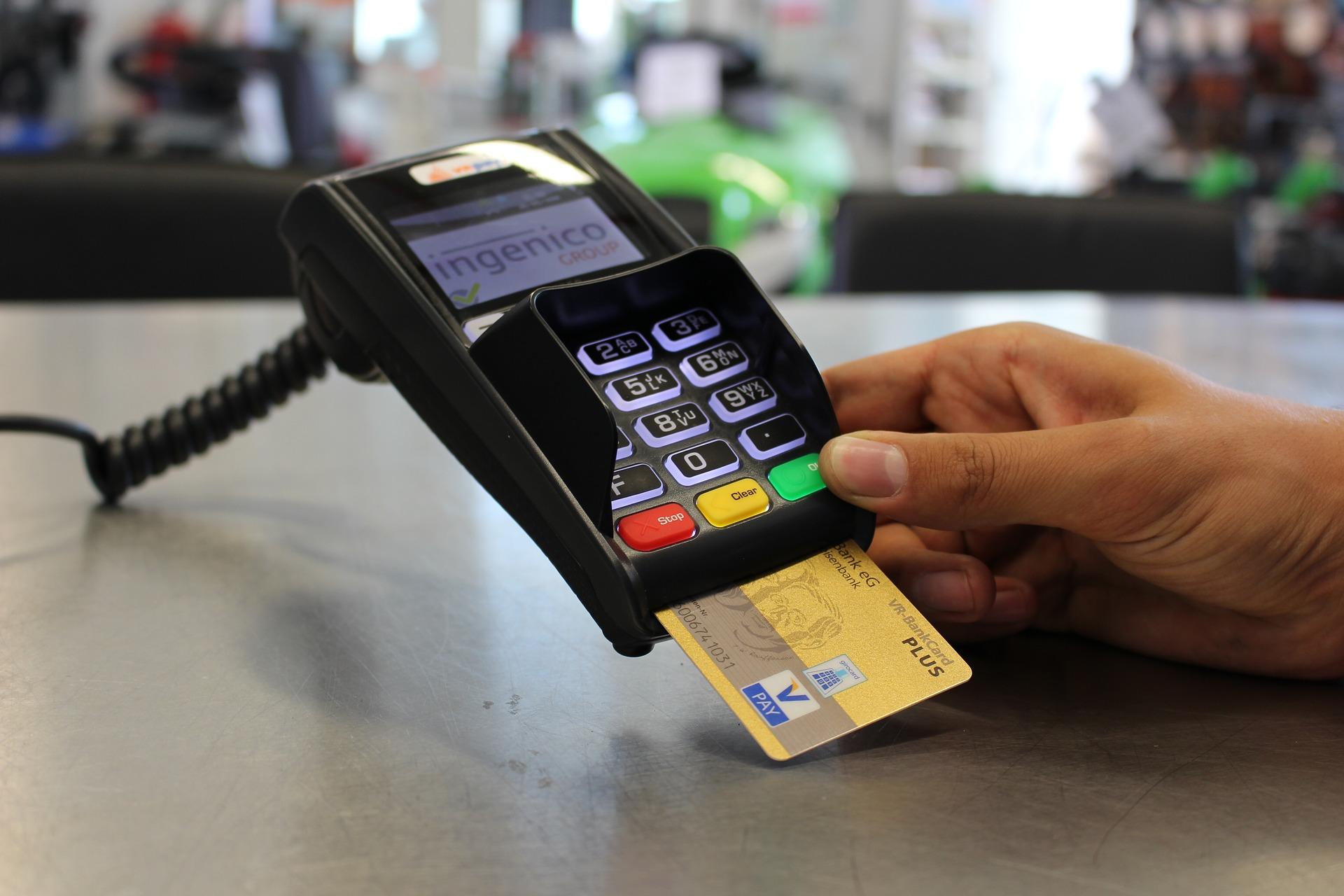 IMAGEM: R$ 10 bilhões para programa de crédito por maquininhas de cartão