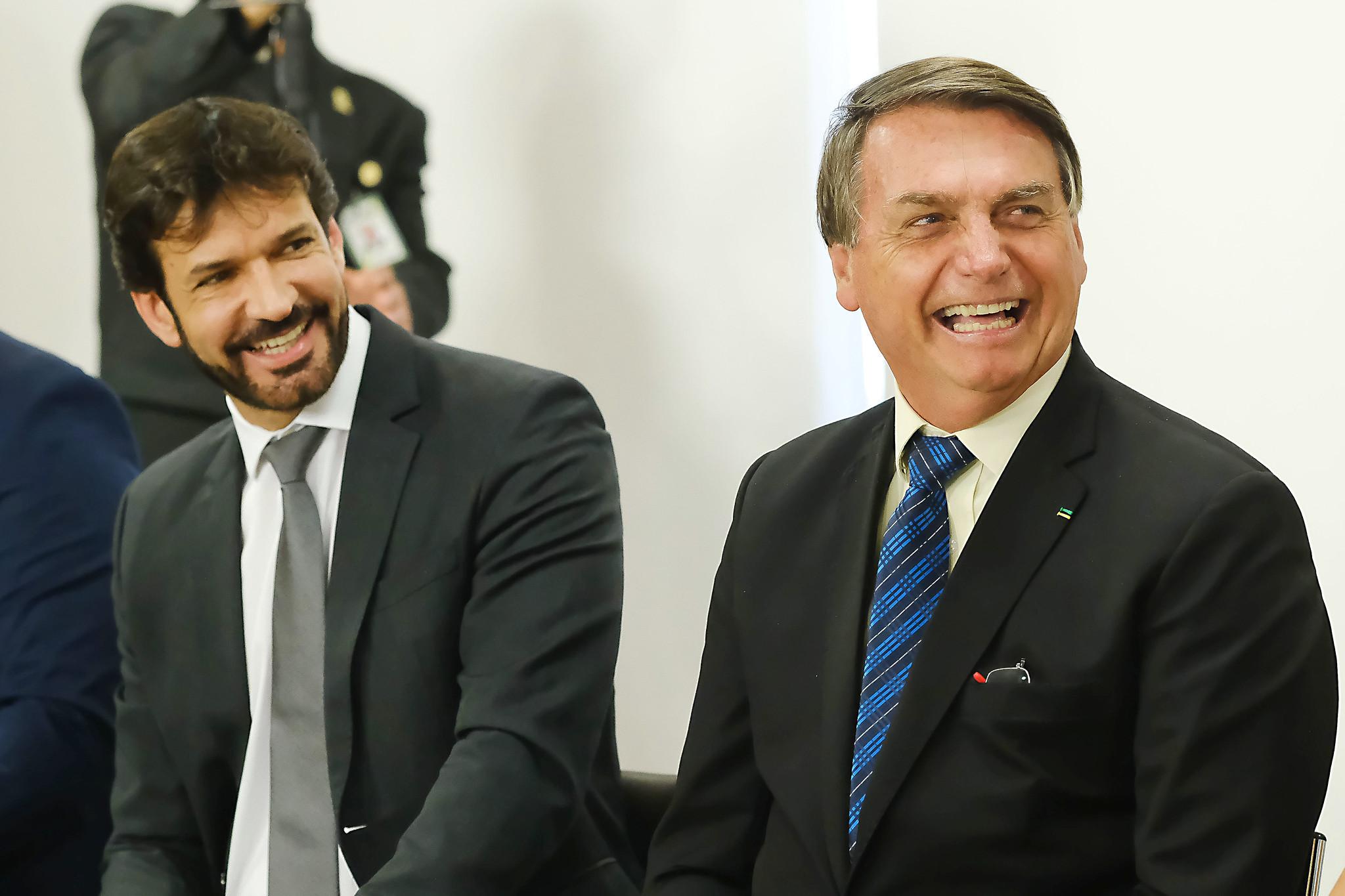 IMAGEM: Congresso aprova MP e governo abre crédito de R$ 5 bilhões para o Turismo