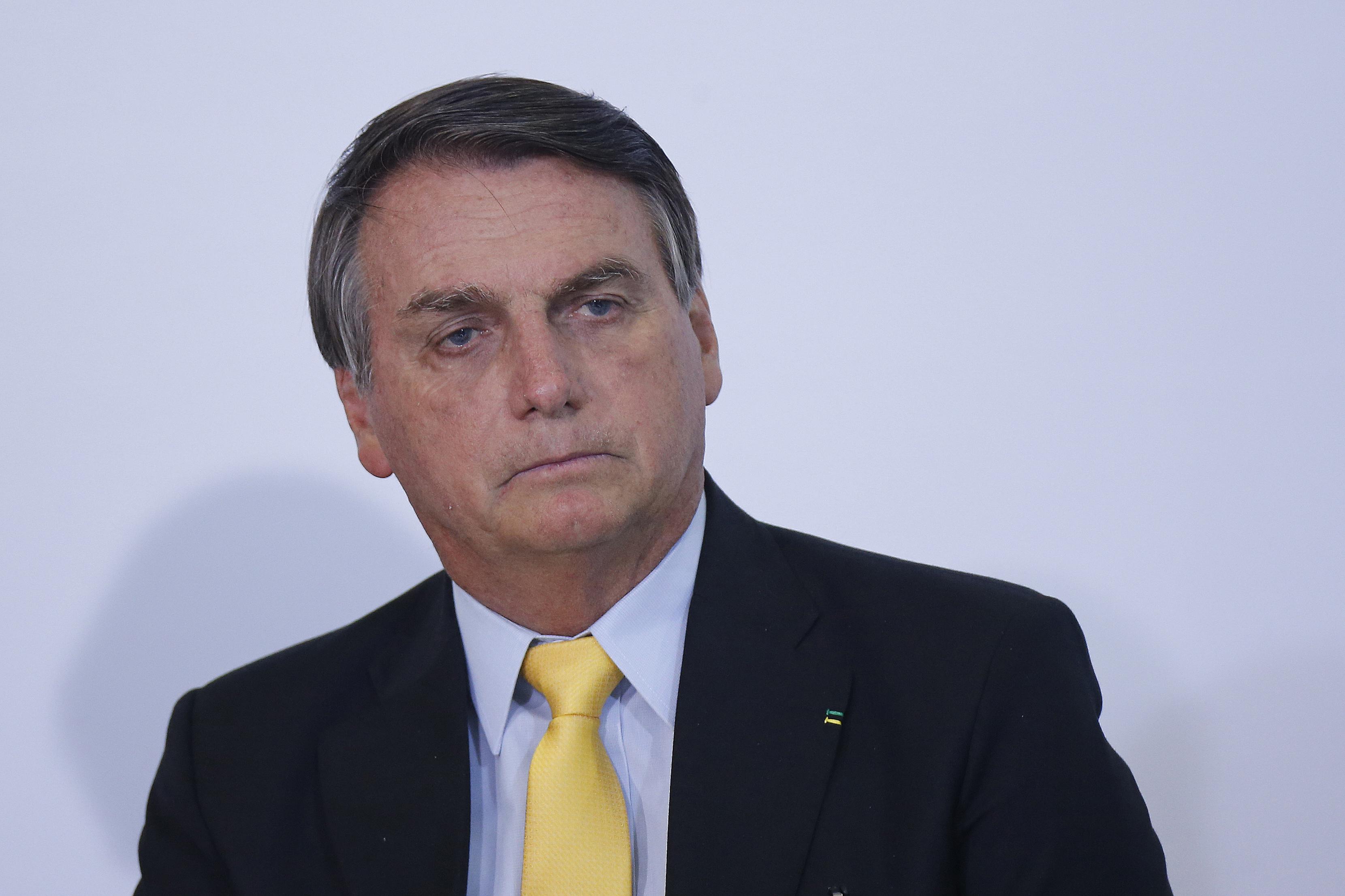 IMAGEM: Planalto não quer descartar vacina nem fortalecer Doria