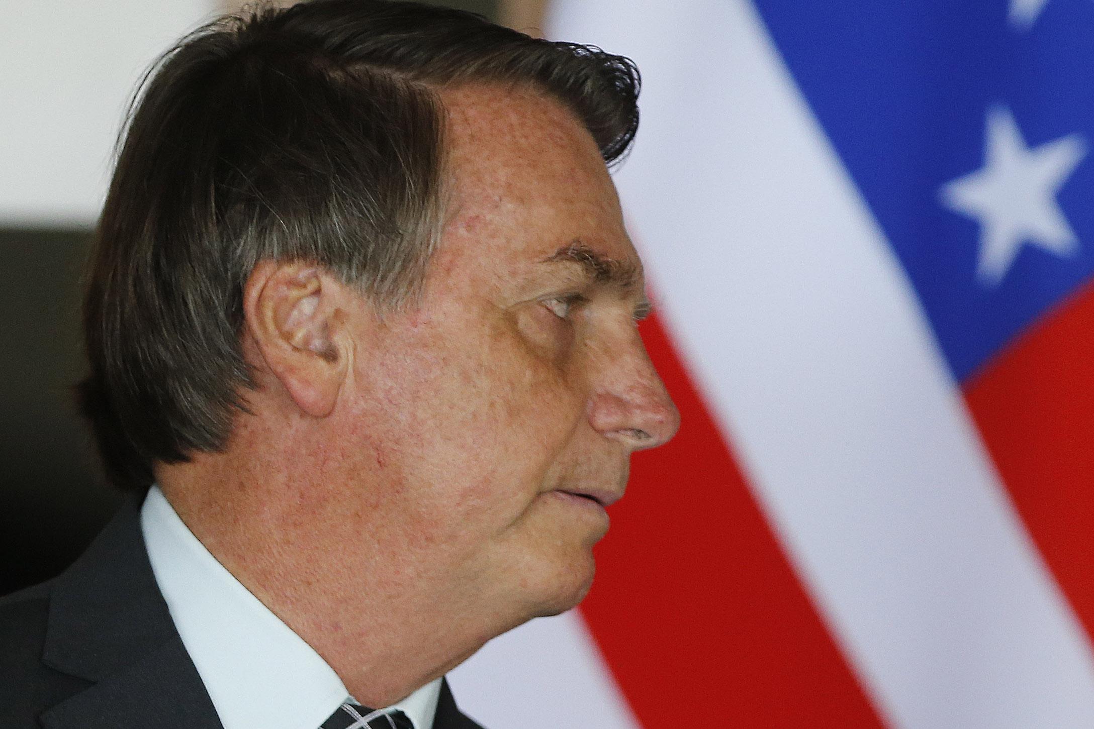 """IMAGEM: O """"remedinho"""" de Bolsonaro"""
