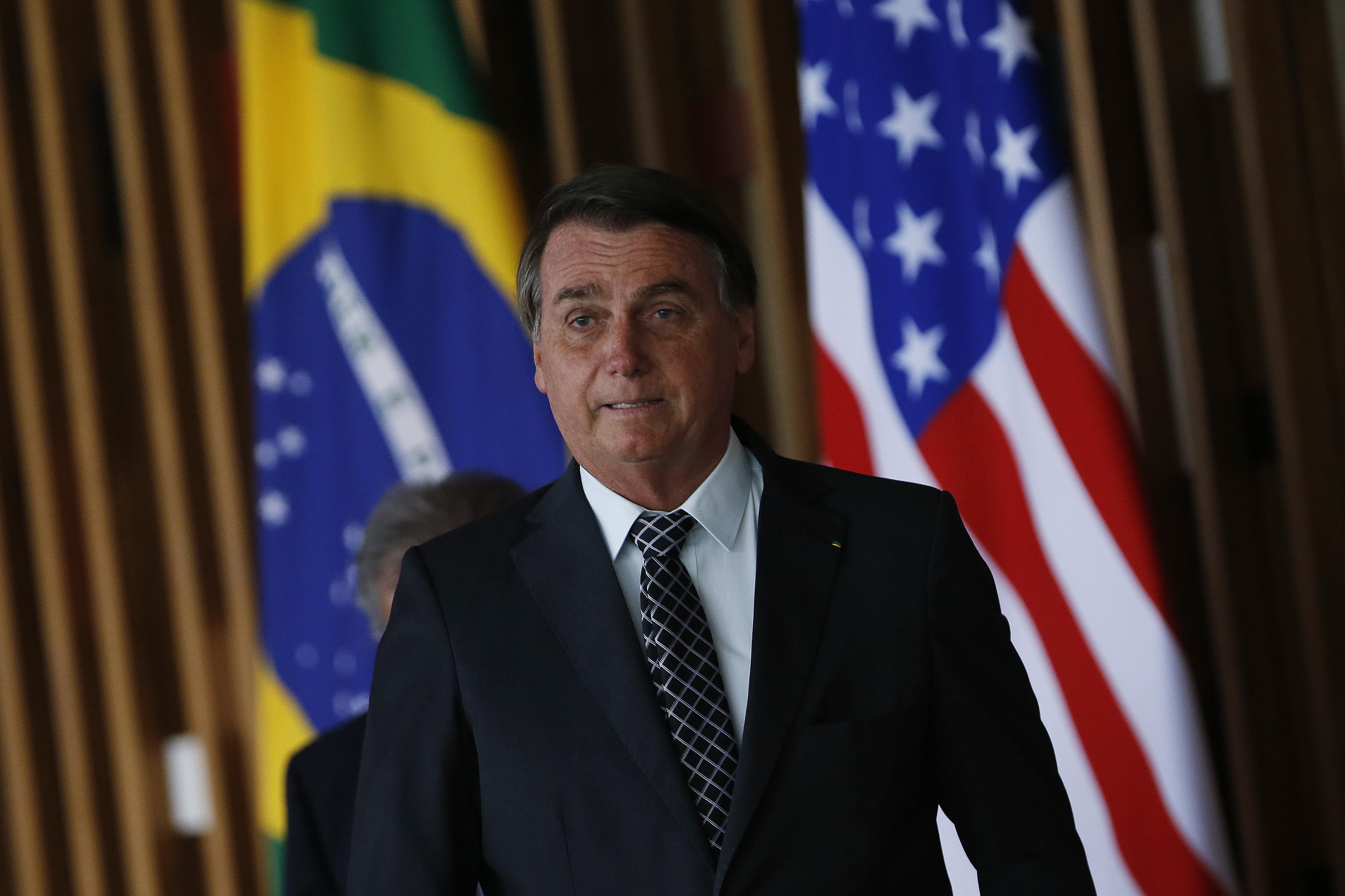 IMAGEM: Planalto aposta em vitória apertada de Trump
