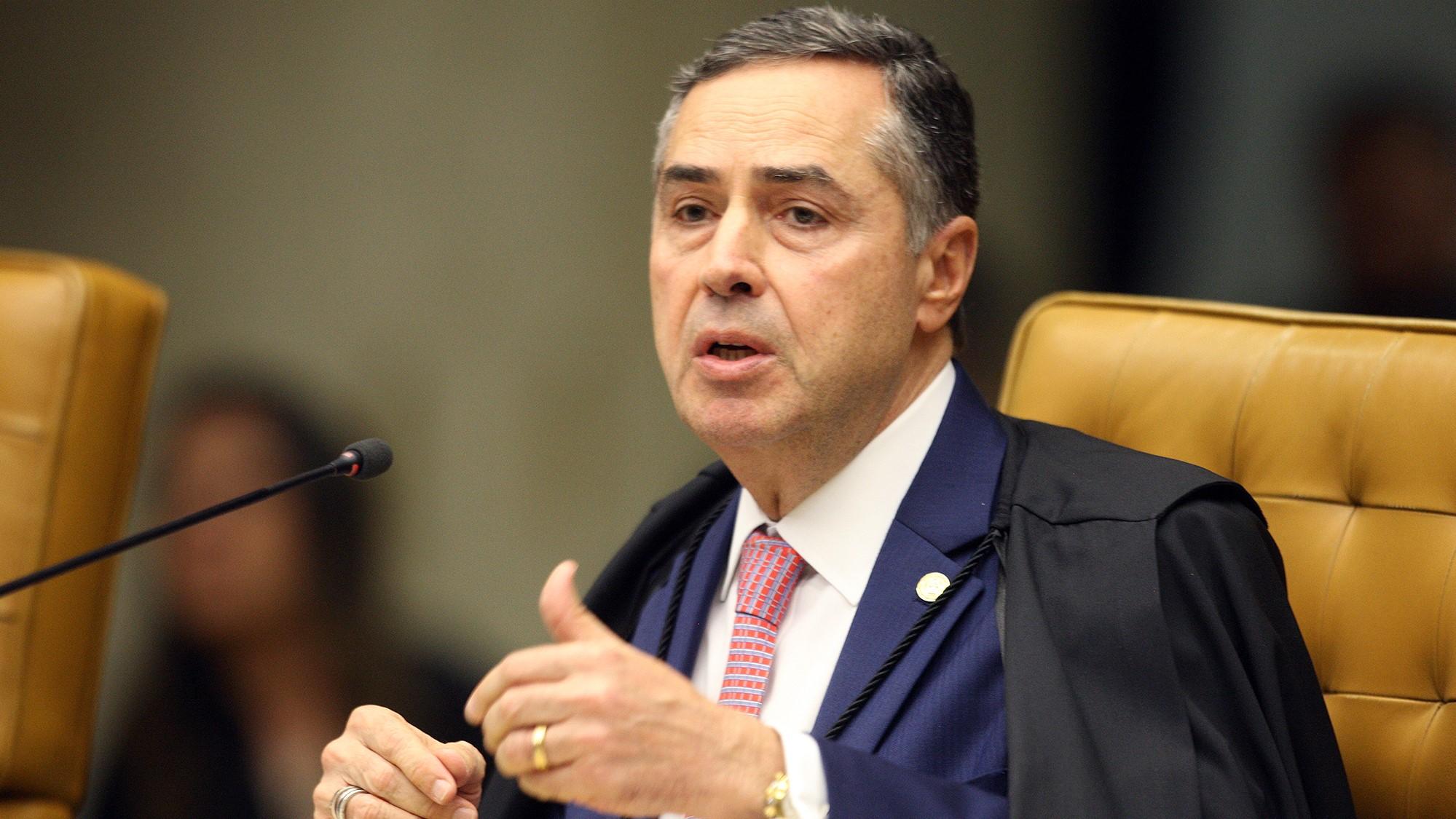 IMAGEM: Barroso libera julgamento de alíquota zero em armas importadas