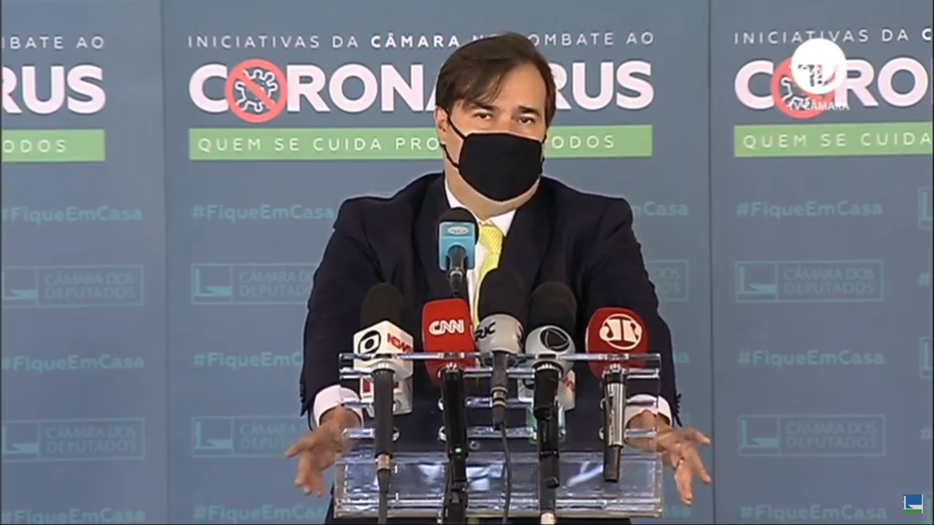 IMAGEM: Esquerda fecha com o bloco de Rodrigo Maia e embola disputa na Câmara
