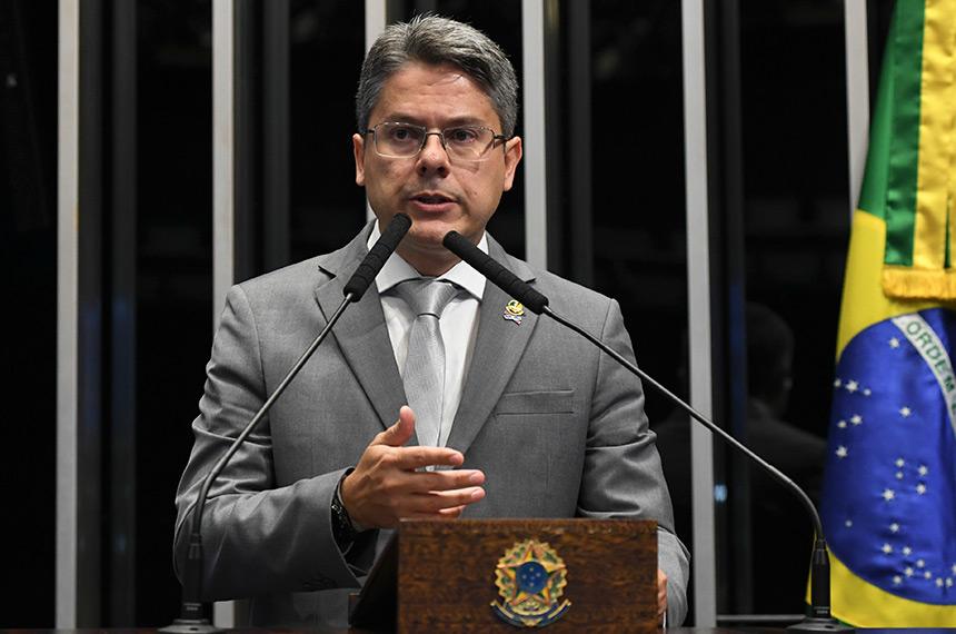 """IMAGEM: """"A participação de Bolsonaro na cadeia de comando é muito clara"""""""
