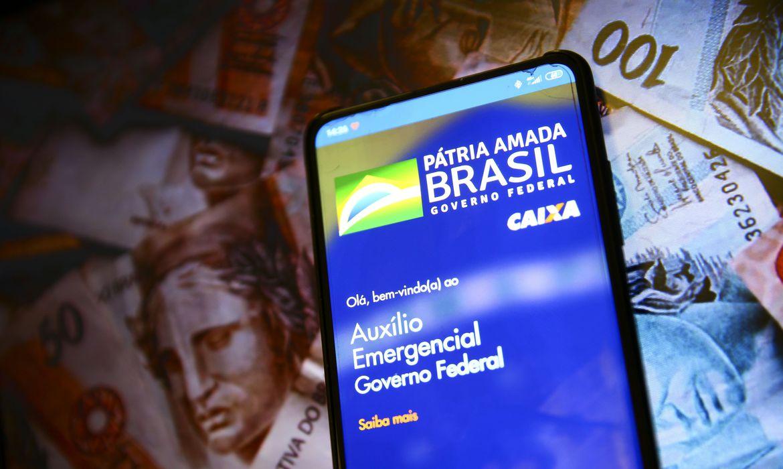 IMAGEM: Bolsonaro e o dilema do coronavoucher