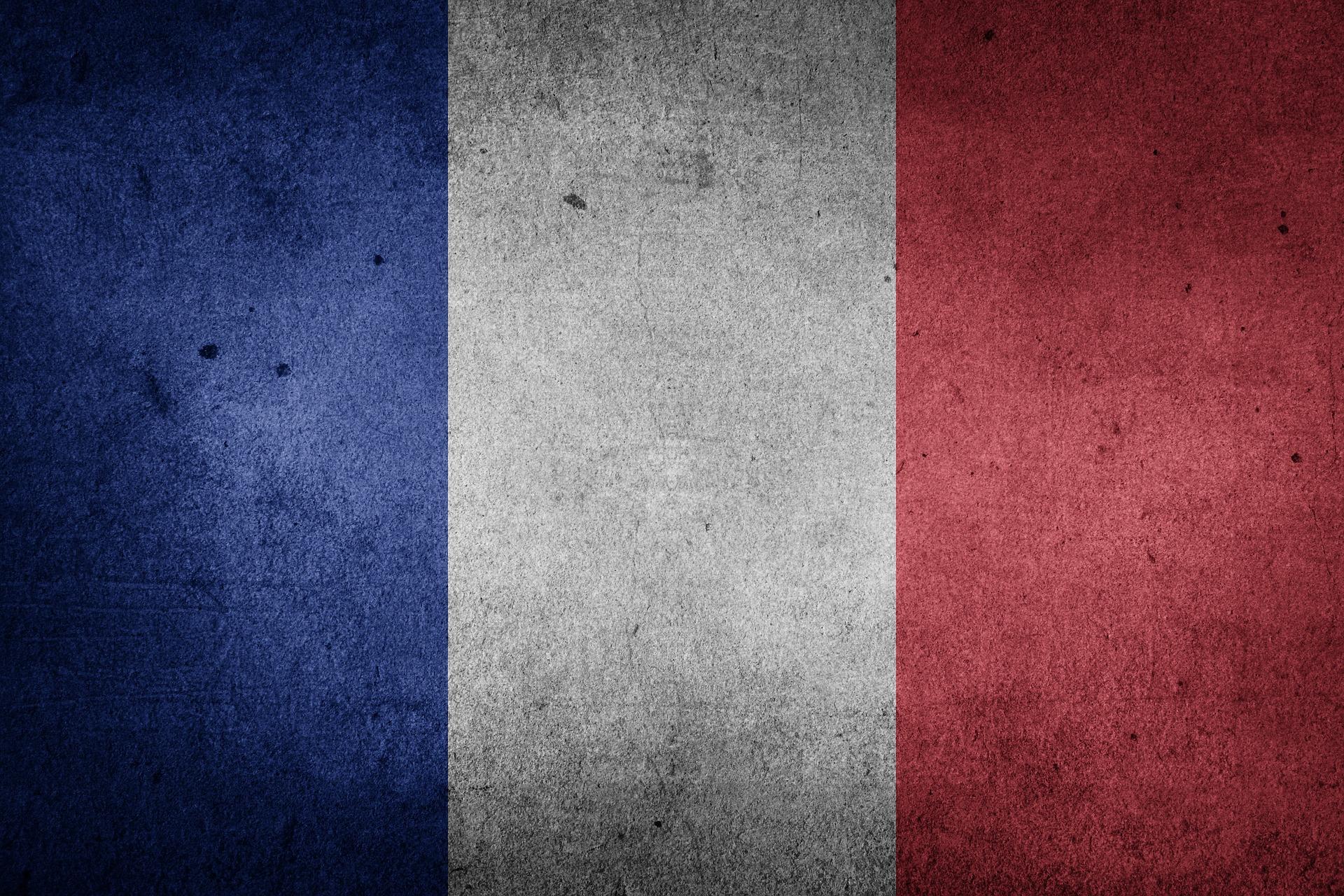 IMAGEM: Polícia na França prende suspeito de ser cúmplice por ataque em Nice