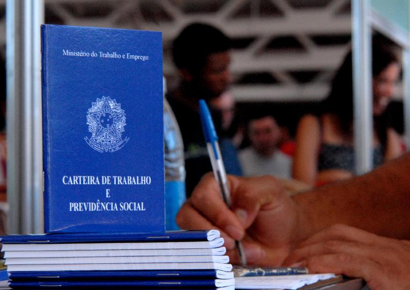 IMAGEM: CNI projeta taxa de desemprego em 14,6% em 2021