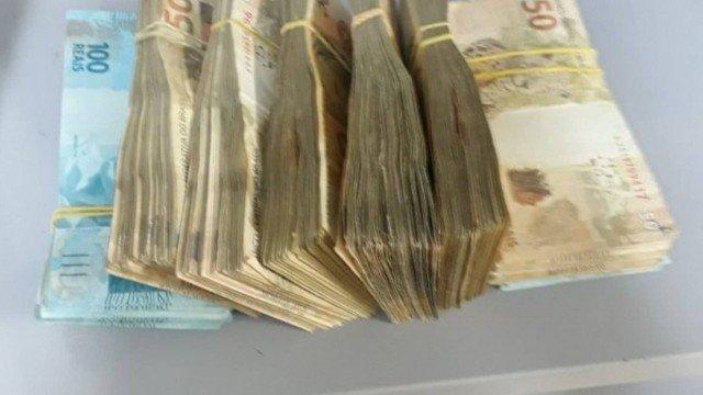 IMAGEM: Sócio de agência que fez campanha para Bolsonaro é detido com R$ 45 mil em dinheiro vivo