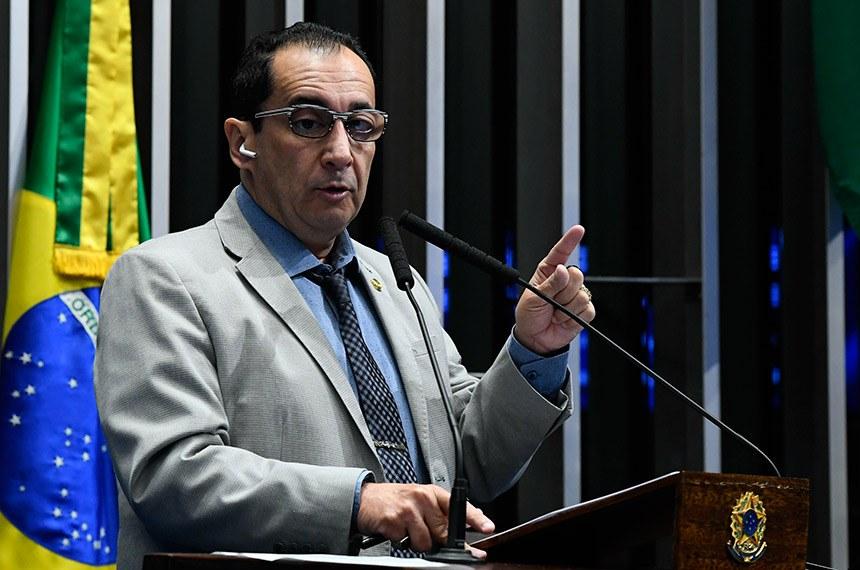 'É lamentável saber que governo tenta comprar apoio na CPI', diz senador Jorge Kajuru