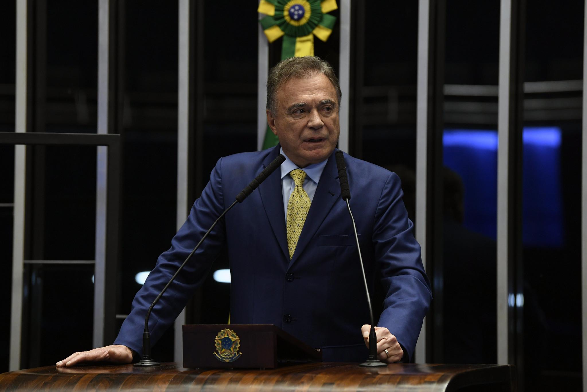 IMAGEM: Senadores do Podemos tentam desvincular 'CPI ampliada' de Bolsonaro