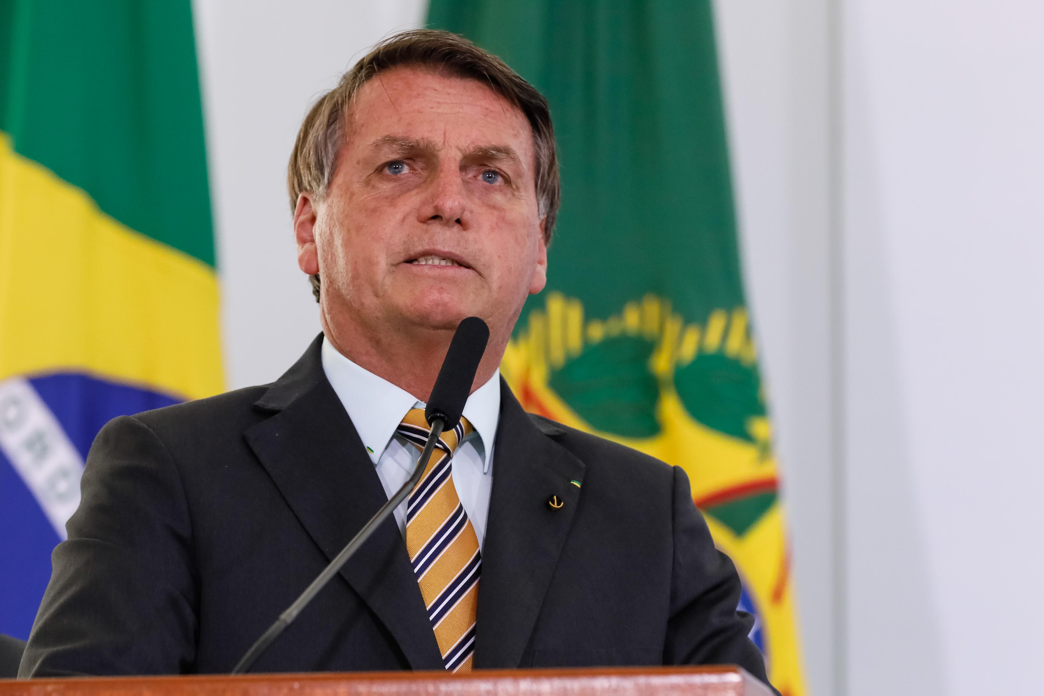 IMAGEM: Bolsonaro veta trecho da LDO e permite contingenciamento de verbas para combater pandemia