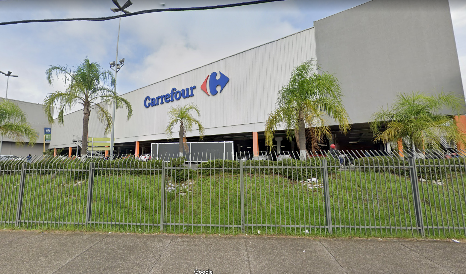 IMAGEM: Carrefour anuncia compra do Grupo BIG, terceiro maior varejista do país