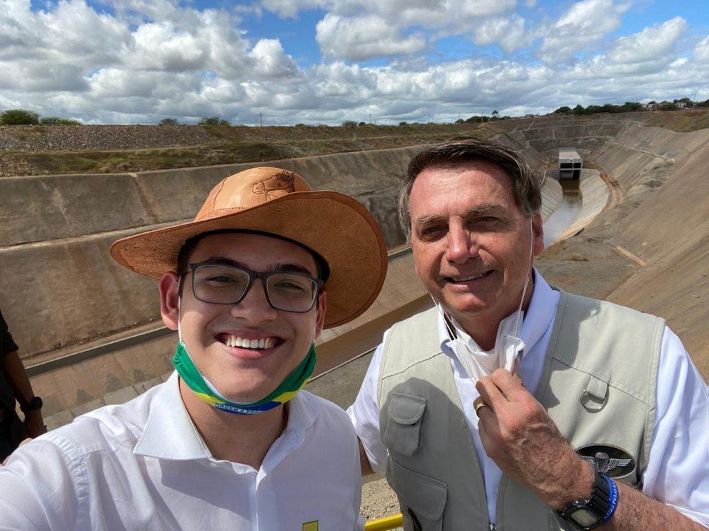 IMAGEM: Aos 19 anos, Carmelo Neto é eleito vereador em Fortaleza