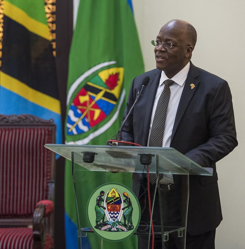 IMAGEM: Negacionista da Covid, presidente da Tanzânia morre aos 61 anos