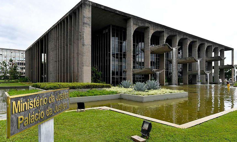 IMAGEM: Ministério da Justiça vai leiloar bens apreendidos de traficantes