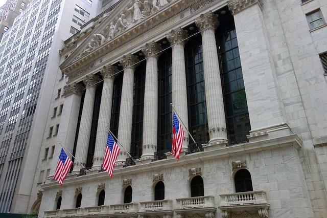 IMAGEM: Bolsa de Nova York bate recorde após 'placar final' de eleição nos EUA