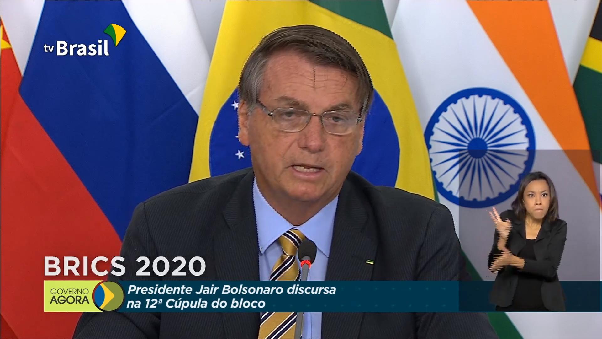 IMAGEM: Bolsonaro diz que vai divulgar lista de países que importam madeira ilegal da Amazônia