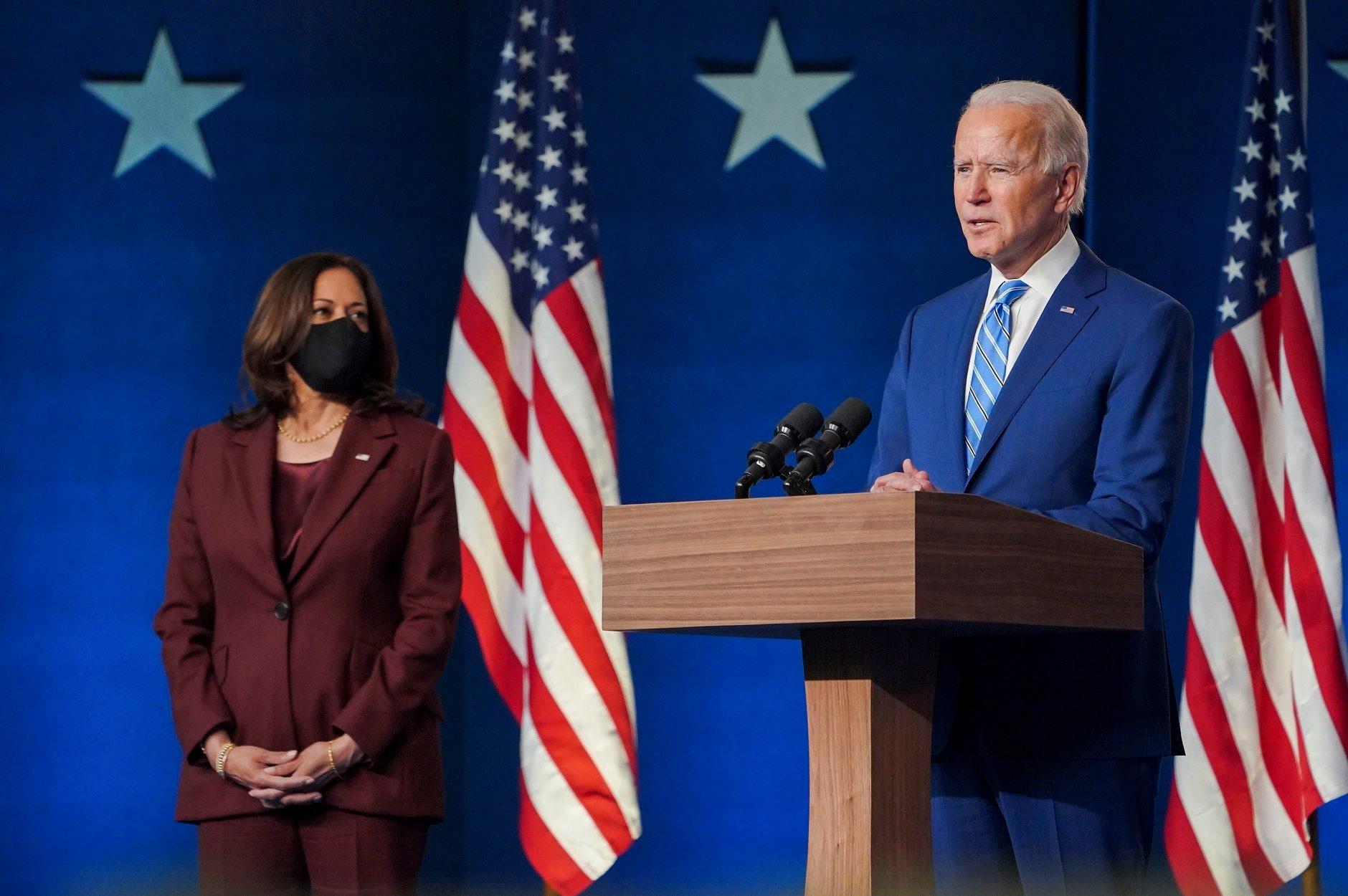 """IMAGEM: Biden diz que seu gabinete está pronto para """"liderar o mundo, não retirar-se dele"""""""