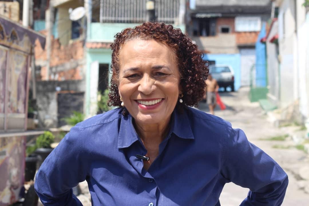 IMAGEM: Candidata a prefeita do Rio é alvo de operação contra milícias