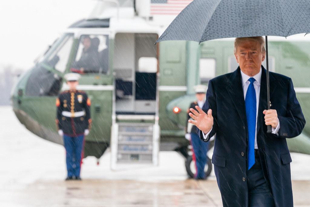 IMAGEM: Trump, mau perdedor, está de olho em 2024