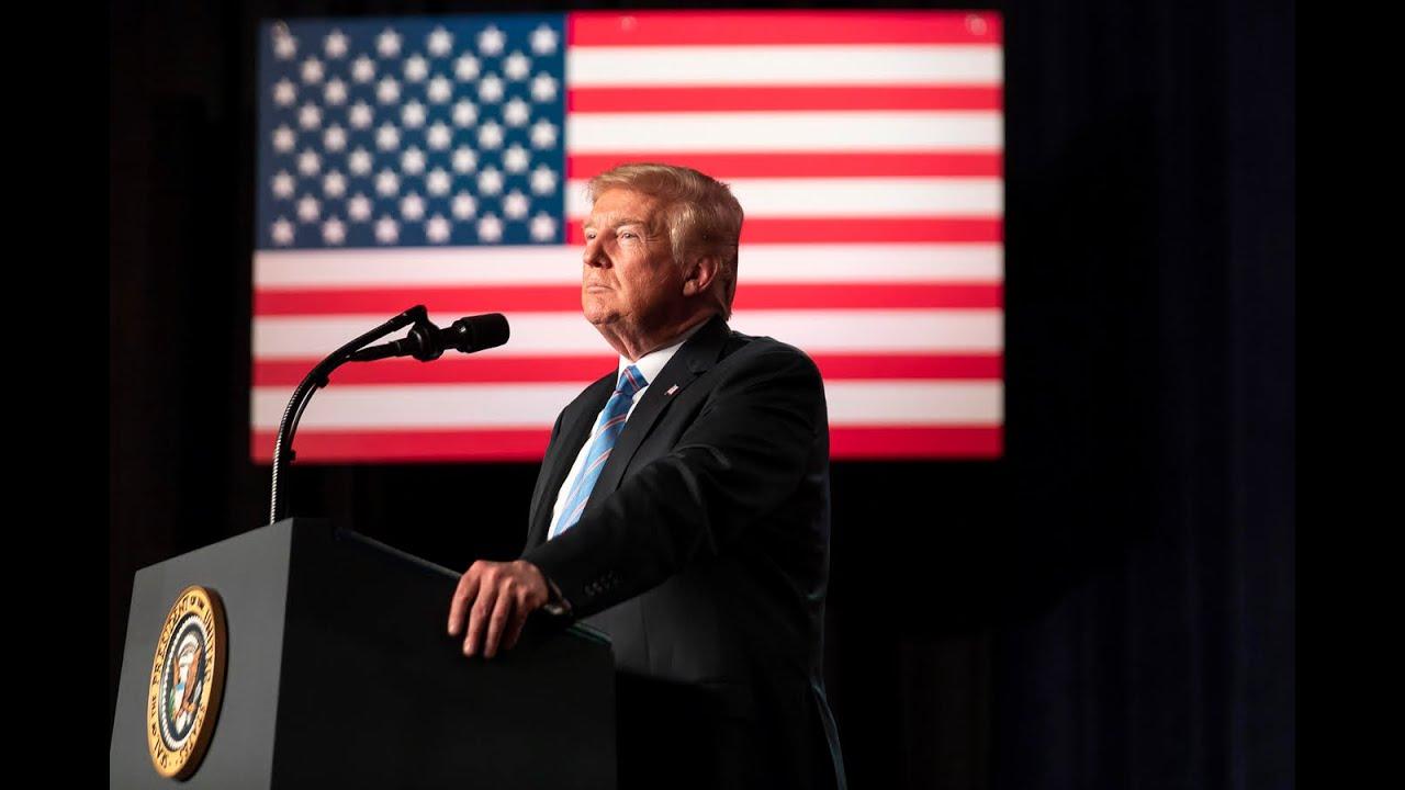 """IMAGEM: Trump liga para secretário da Geórgia e pede que ele """"encontre"""" votos"""