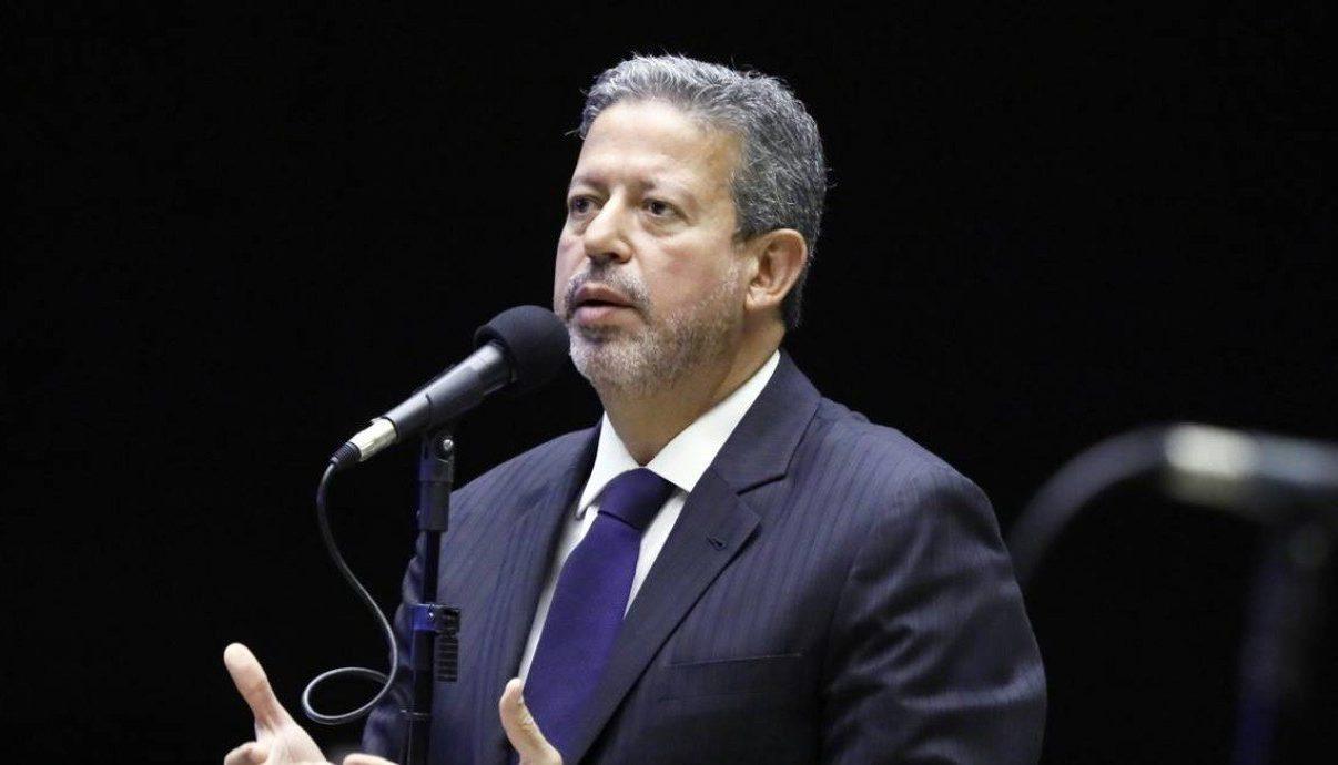 IMAGEM: Centrão retira obstrução a projeto de lei que blinda advogados