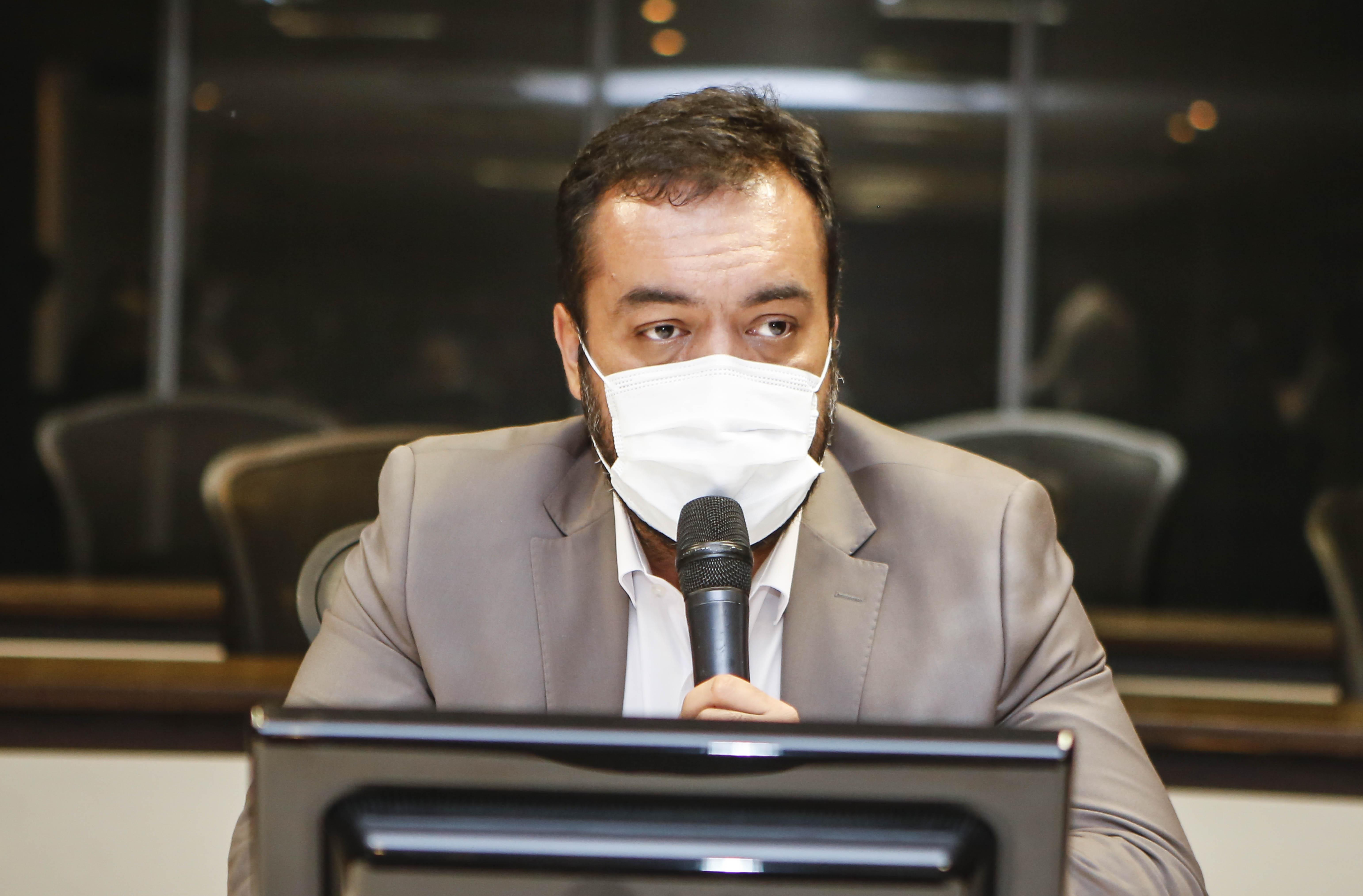 IMAGEM: 'Meu compromisso é reduzir a violência', diz Cláudio Castro ao tomar posse