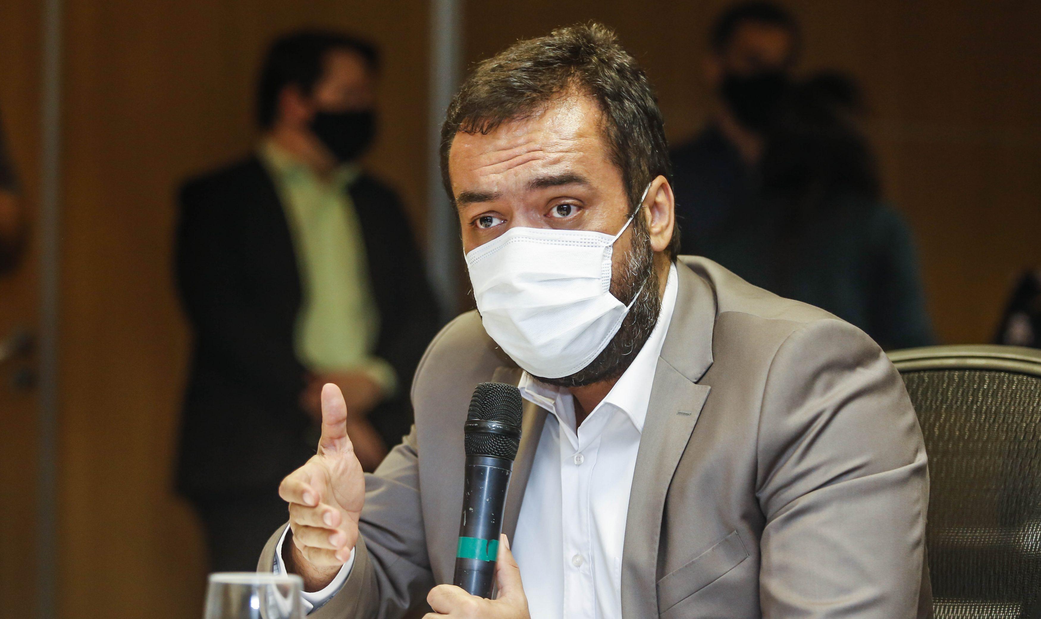 IMAGEM: Governador do Rio pede desculpas por festa de aniversário em meio a restrições