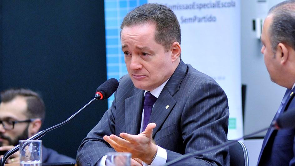 IMAGEM: CNMP abre processo disciplinar contra procurador bolsonarista
