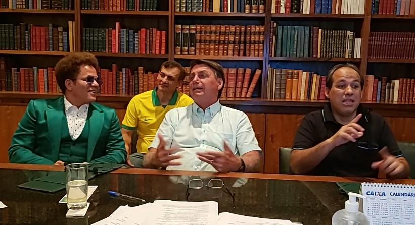 IMAGEM: Romero Britto é convidado da live de Bolsonaro