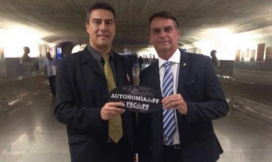 IMAGEM: Os negócios de Natal do delegado que isentou Flávio Bolsonaro de lavagem