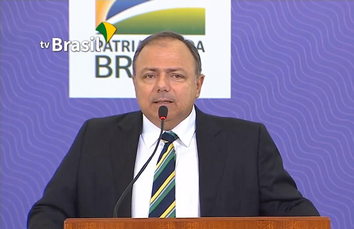 IMAGEM: Rede privada só terá vacina depois do SUS, diz Pazuello