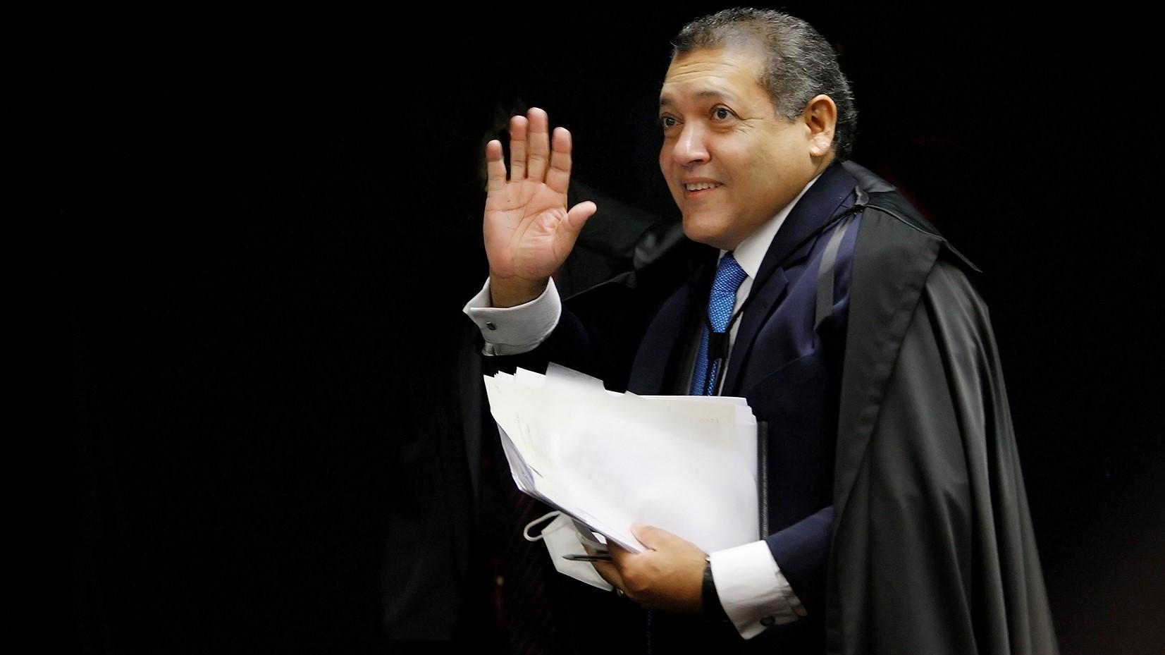 IMAGEM: Kassio trava julgamento que pode anular 'boiada' de Salles