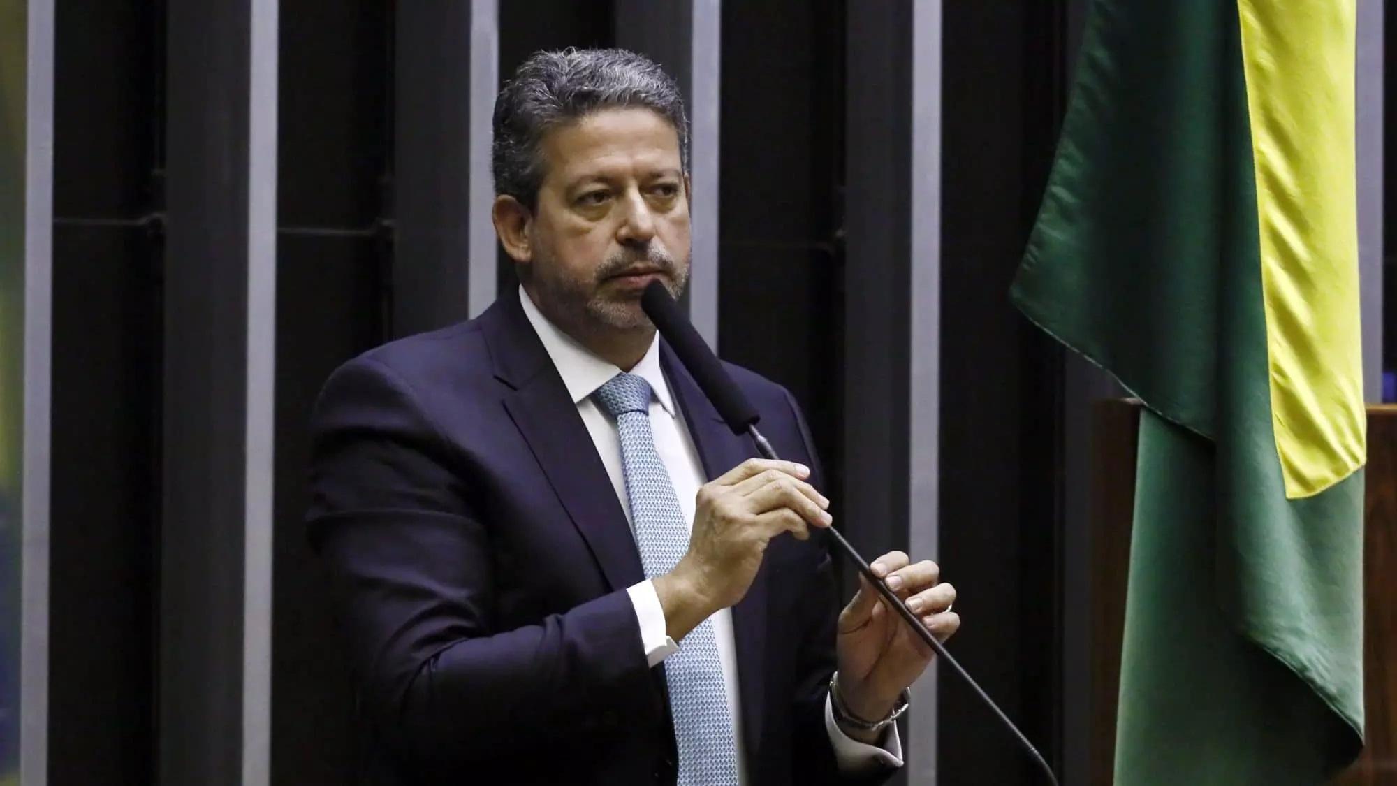 IMAGEM: Liberais e conservadores pedem a Lira menos comissões e obstruções na Câmara