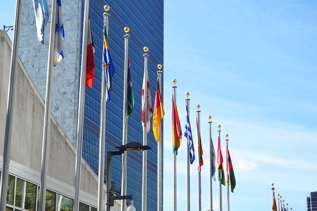 IMAGEM: Bolsonaro sanciona projeto para pagar dívida com a ONU