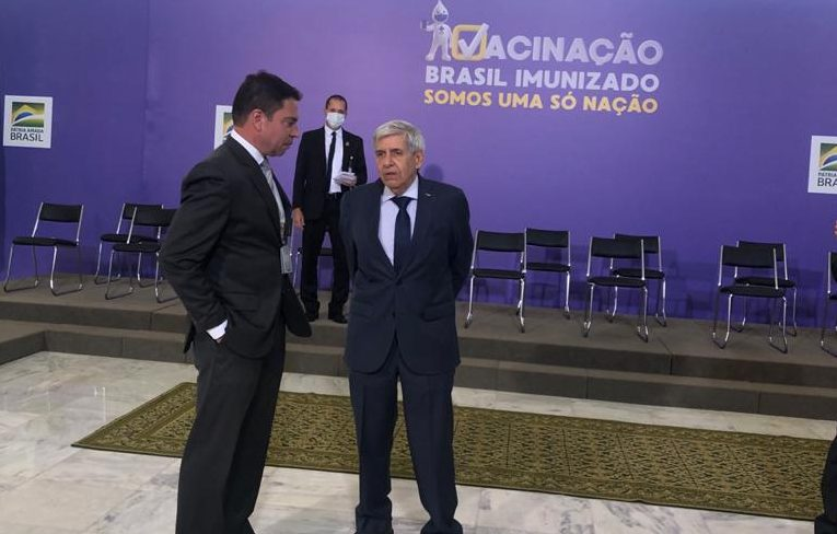 IMAGEM: Abin fecha contratos secretos de 19 milhões