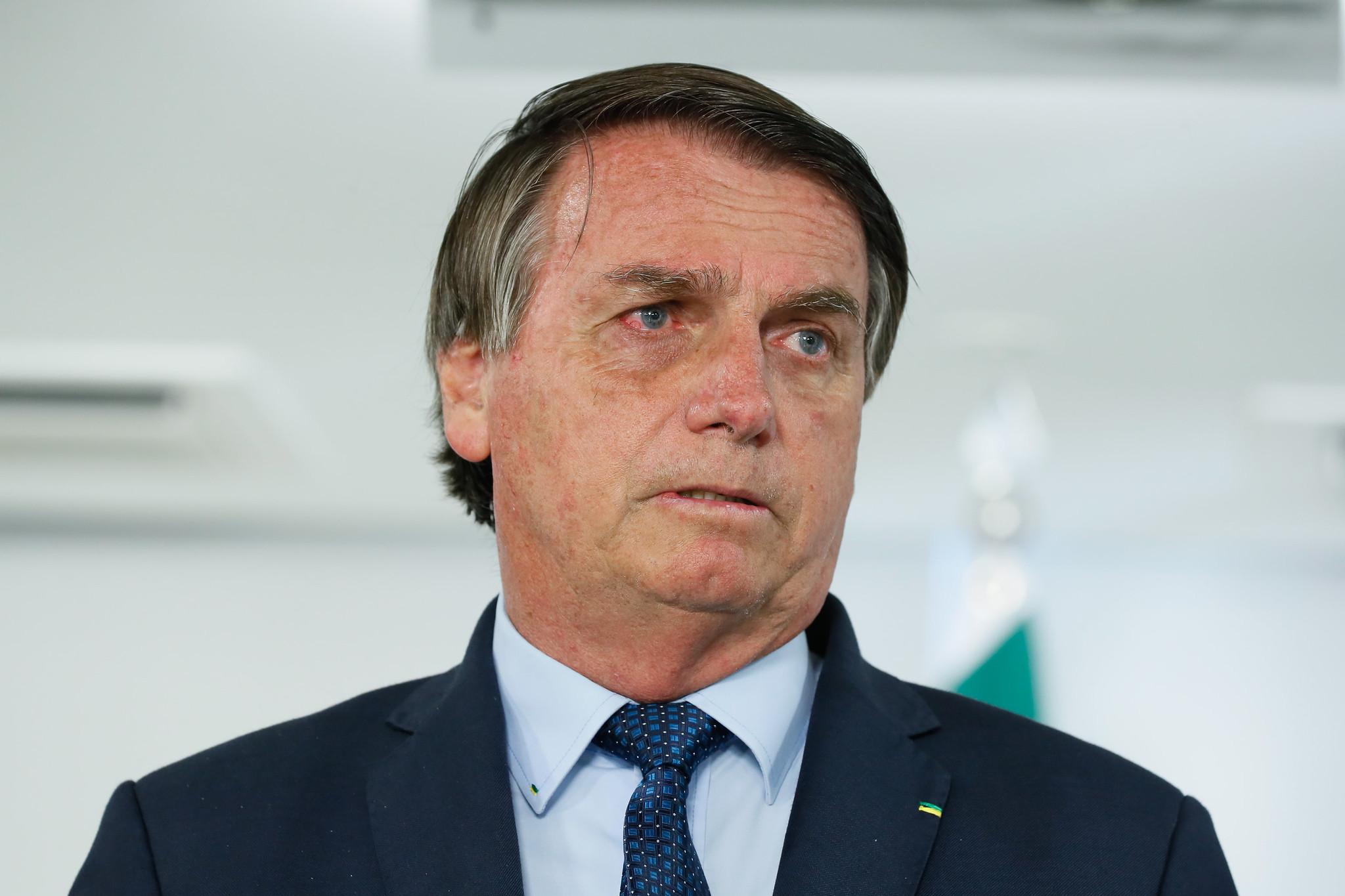 IMAGEM: Bolsonaro vai sobrevoar região atingida por temporal em SC