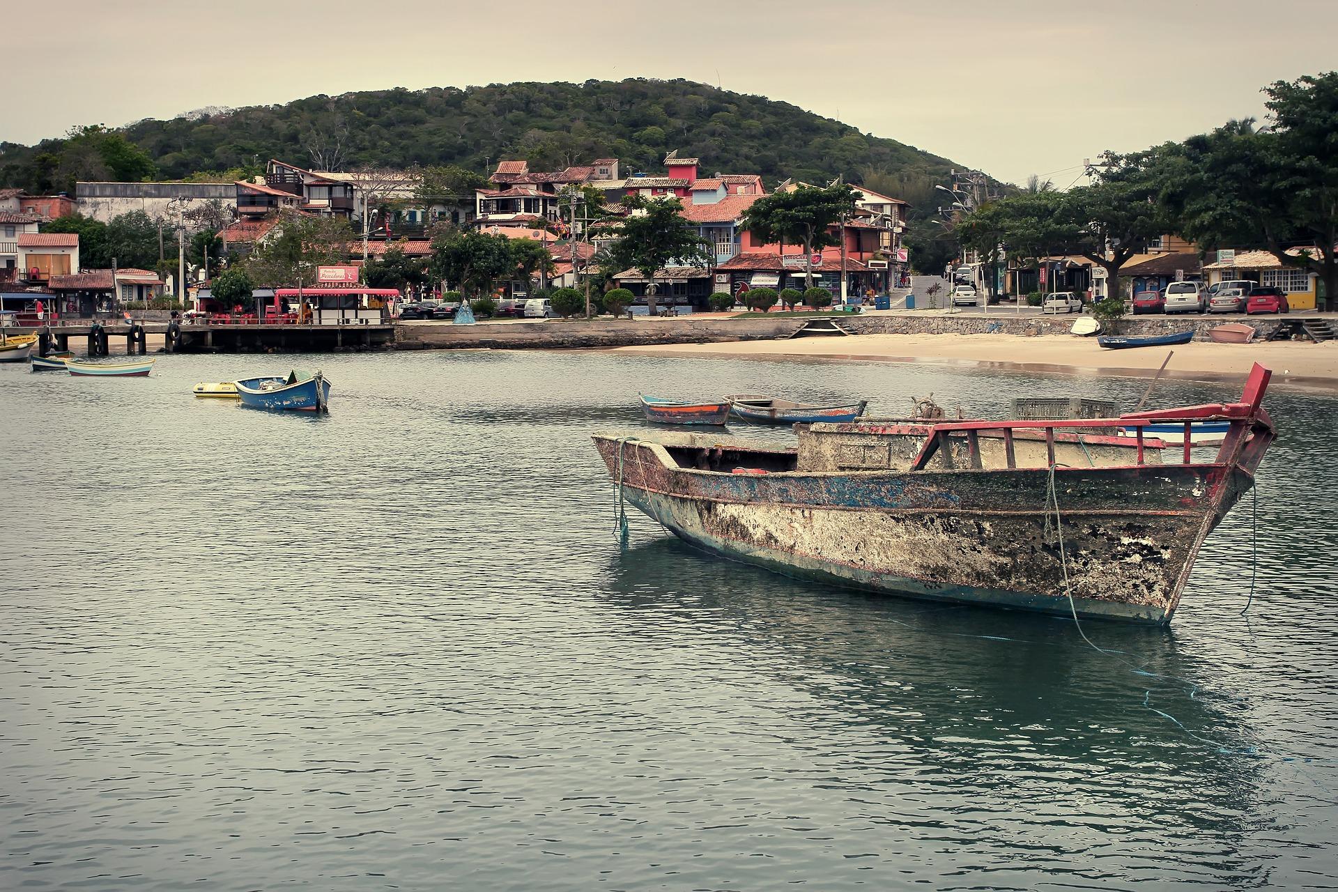 IMAGEM: TJ suspende decisão que proibia turistas em Búzios