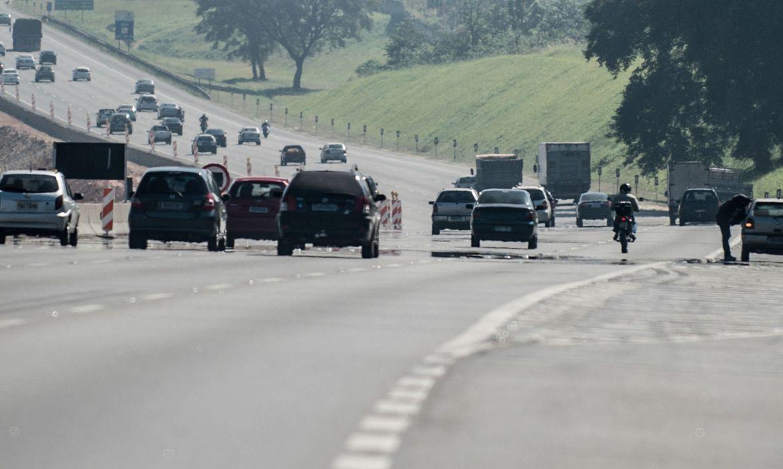 IMAGEM: Em ano pré-eleitoral, Congresso tira dinheiro do INSS e destina R$ 1 bi para estradas