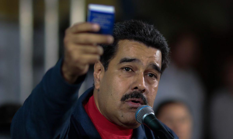 IMAGEM: Ditadura de Maduro toma sede do jornal El Nacional
