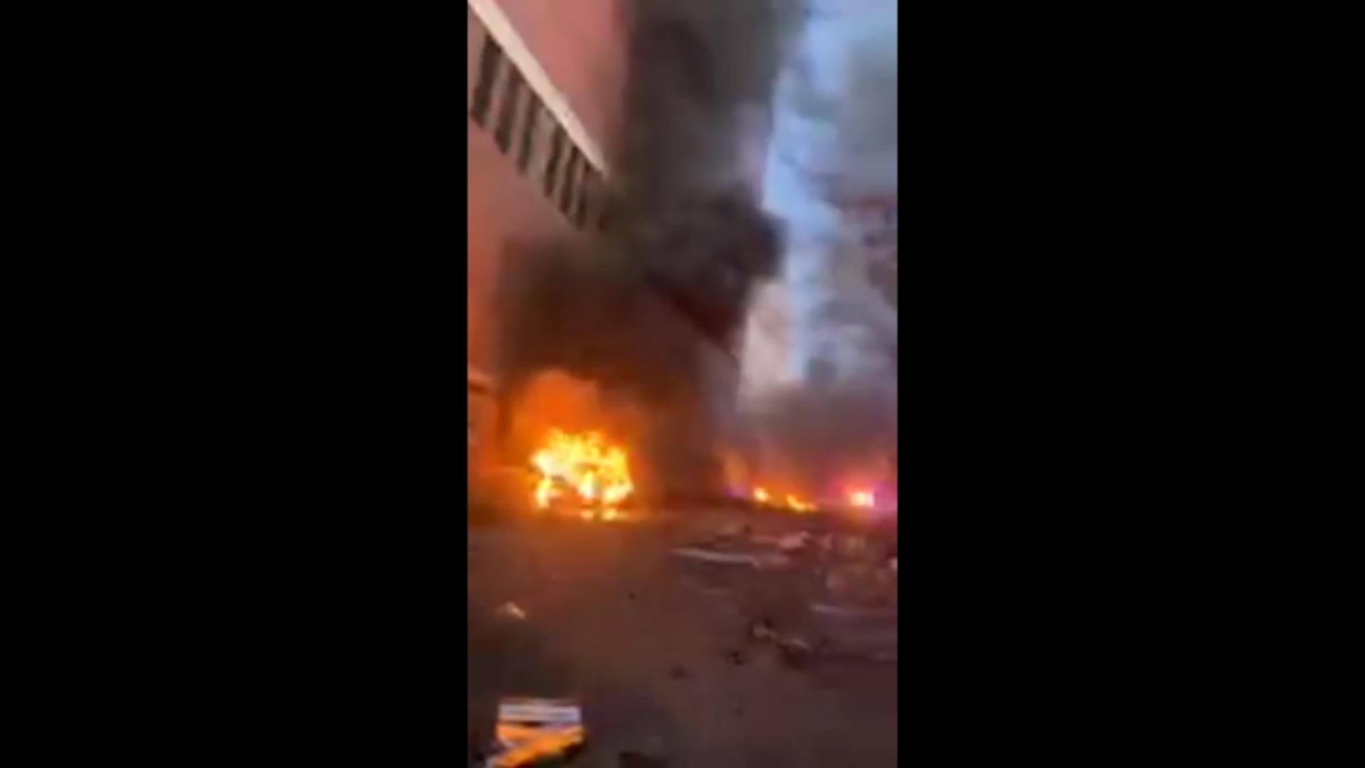 IMAGEM: Cantor mostra em vídeo destruição da explosão em Nashville