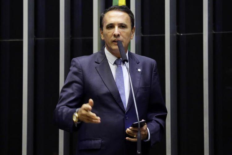 """IMAGEM: Deputado do DEM declara apoio a Lira: """"O Maia que rompeu conosco"""""""