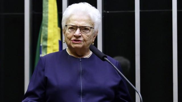 """IMAGEM: Erundina: """"Maia foi omisso e conivente com Jair Bolsonaro"""""""
