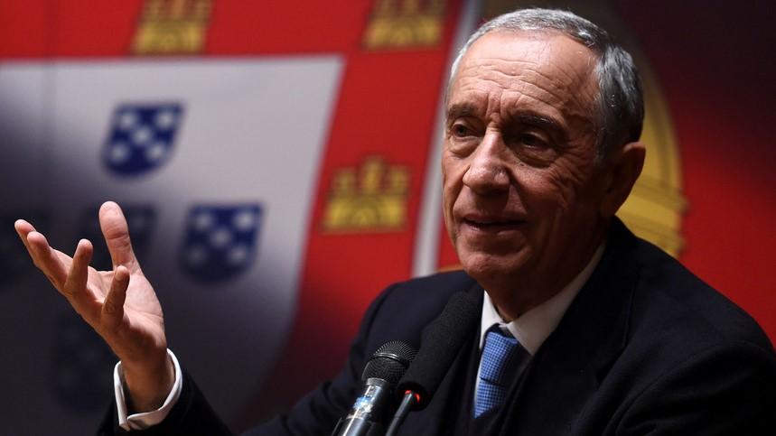 IMAGEM: Presidente de Portugal é reeleito, diz pesquisa