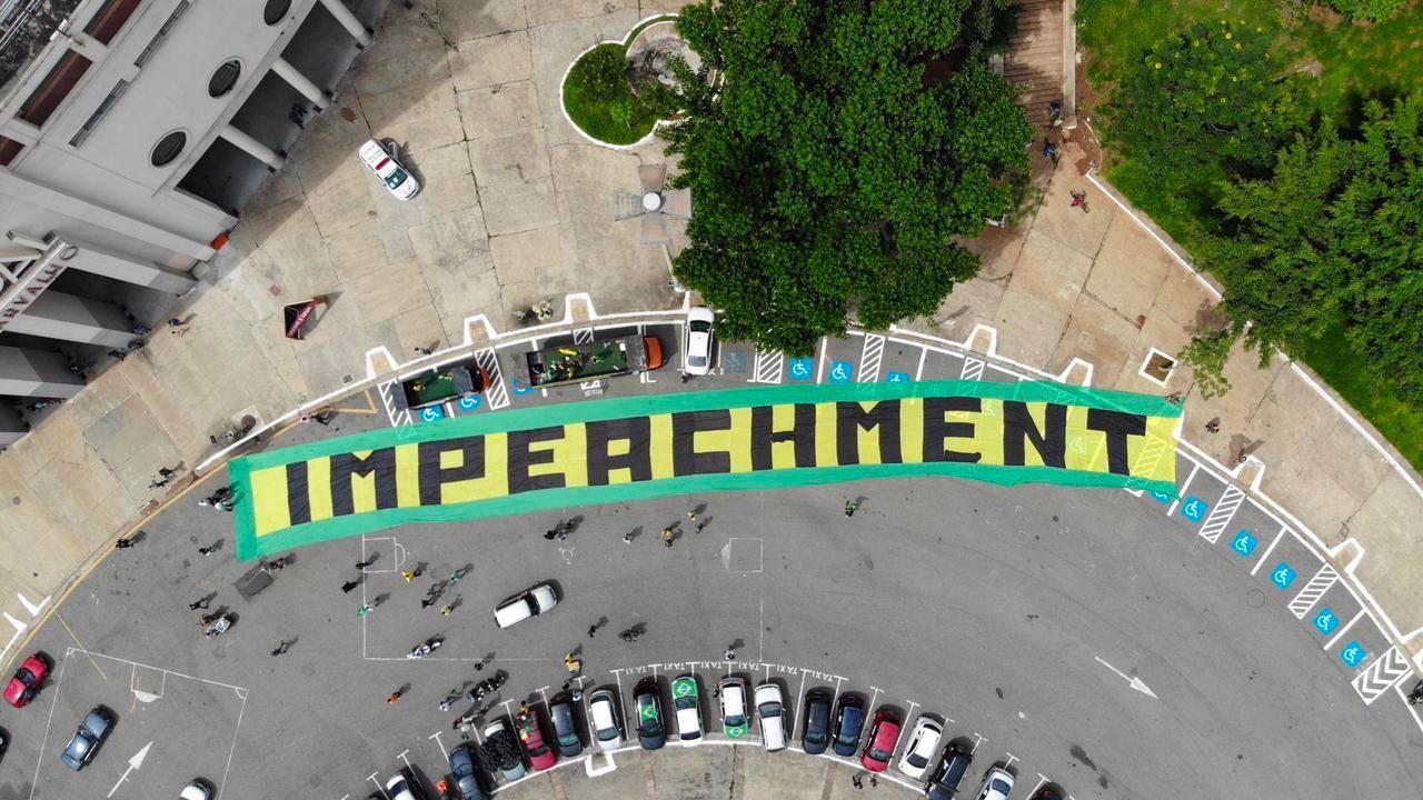 """IMAGEM: """"Fora Bolsonaro"""" será pauta única no dia 12"""