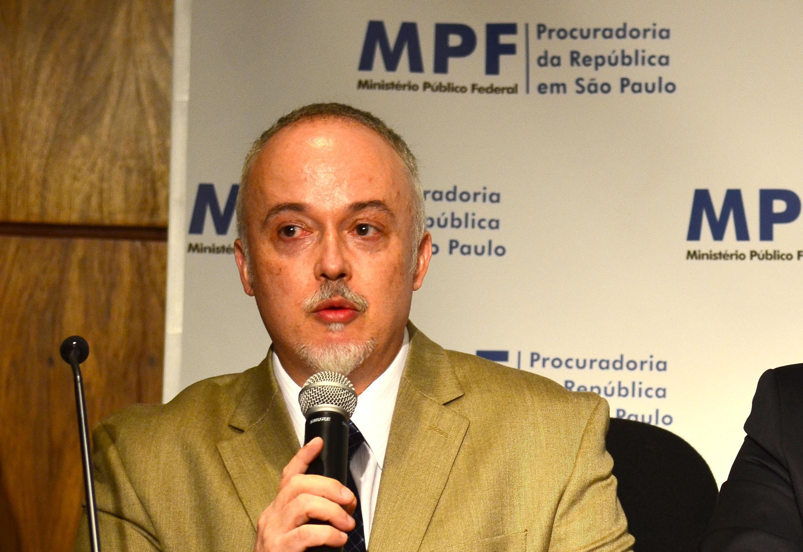 IMAGEM: Carlos Fernando Lima: A corrupção em transformação