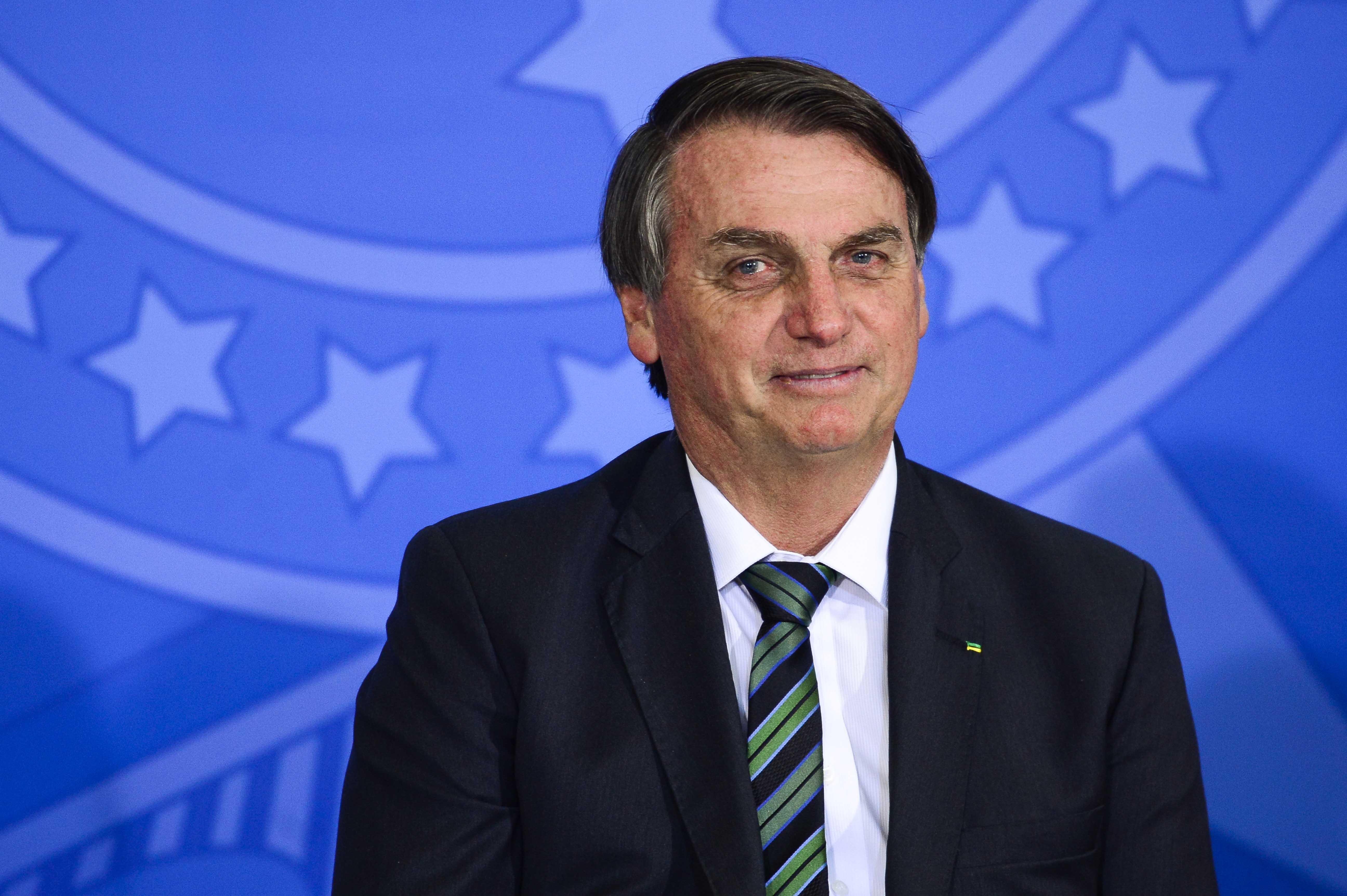 IMAGEM: O silêncio de Bolsonaro