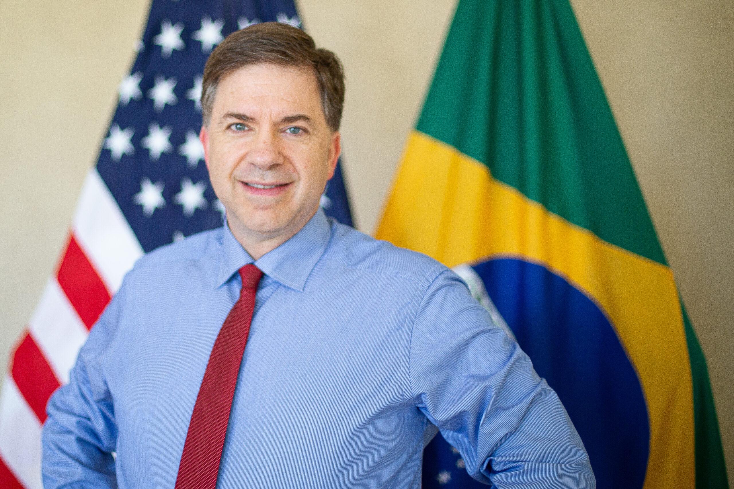 IMAGEM: Embaixador dos EUA no Brasil anuncia aposentadoria