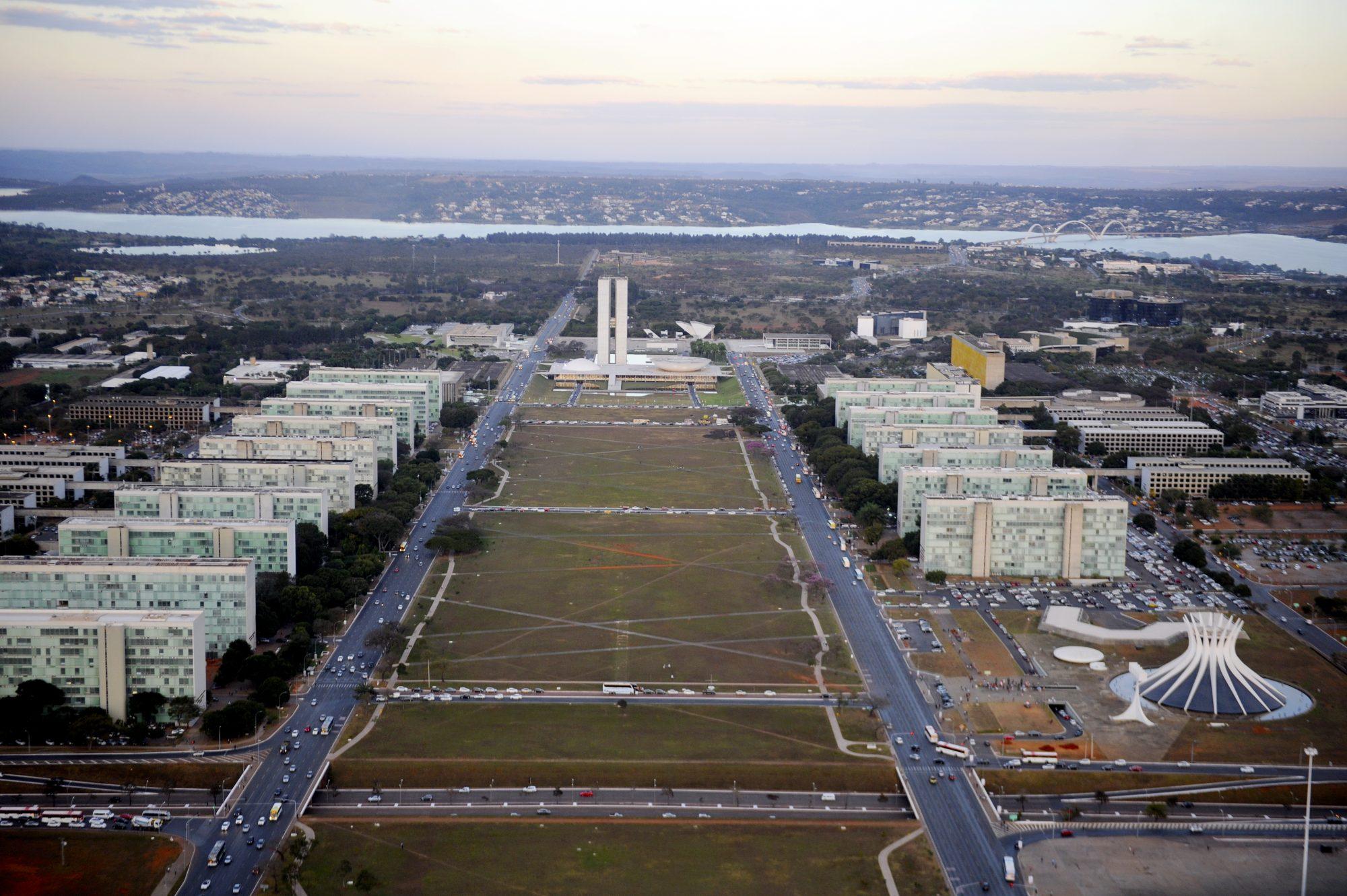 IMAGEM: Urgente: Ibaneis decreta toque de recolher em Brasília